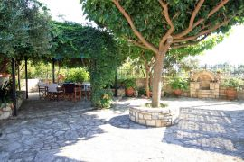Nature Lovers Villa, Malaxa, courtyard 1