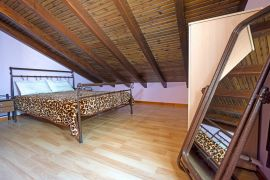 Bright Maisonette, Chrissi Akti, attic bedroom double 1a