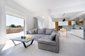 Harbor Apartment, Chania, open plan area 1