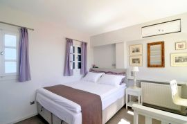 Archipel Mansion, Fira, double bedroom 3a