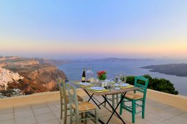 Archipel Mansion, Fira, veranda evening 1