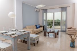 Geas House Thalassa, Tavronitis, open plan area