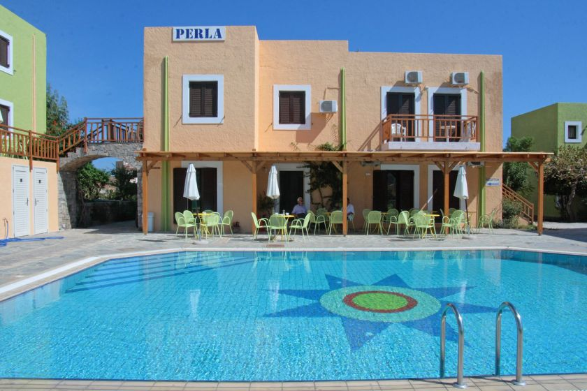 2-bedroom Perla Apartments, Agia Pelagia, pool area 4