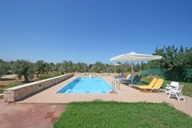 Villa Holly Courtyard, Prines, pool 1