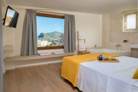 Villa Theasis, Agia Marina, double bedroom 4a