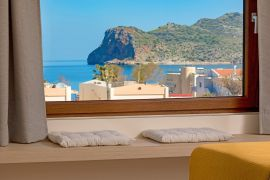 Villa Theasis, Agia Marina, double bedroom 4e