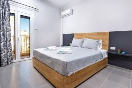Navarino Apartment, Chania (Byen), bedroom 1a