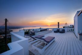 Rooftop Jacuzzi Apartment, Chania, roof top area 6