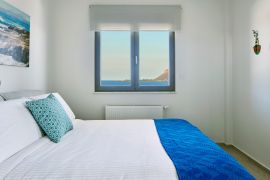 Villa Skyline, Kalamaki, bedroom-1a