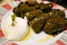 Cook in Rethymno, Ретимно, dolmades-stuffed-vine-leaves