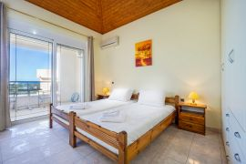 Spacious Villa, Agios Onoufrios, bedroom twin top floor 5b