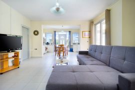 Spacious Villa, Agios Onoufrios, open plan area pool floor 1