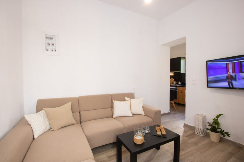 Comfy Apartment, Chania town, open plan area 1a